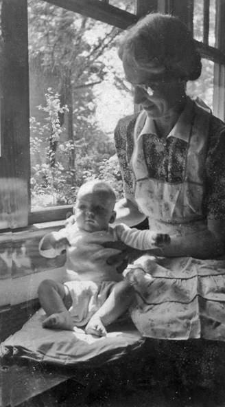 Grandma Myrtle phil 1944